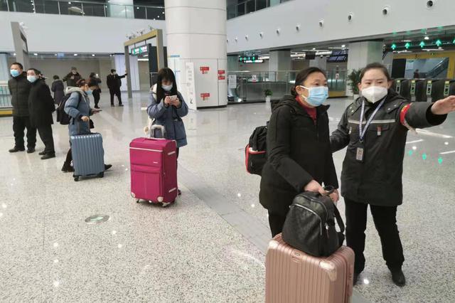 """""""五一""""期间 重庆火车站预计发送旅客168万人"""