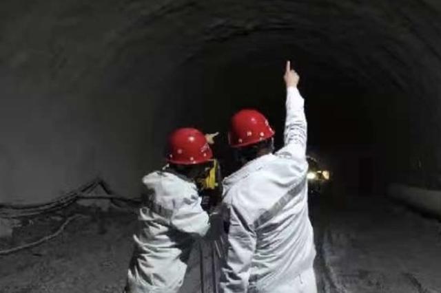 合长高速最长隧道三圣隧道全线贯通 预计今年建成通车