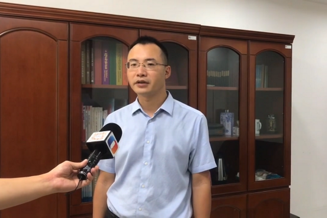 重庆公立医院取消药品、医用耗材加成 平均降价53%