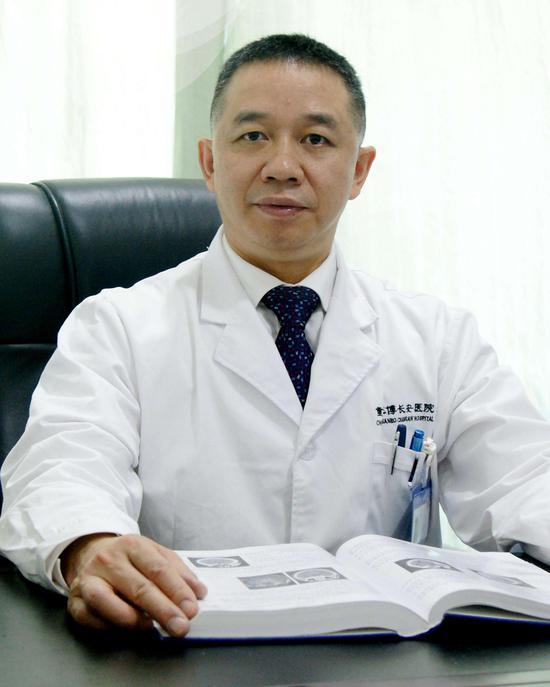 王忠平 副院长 主任医师