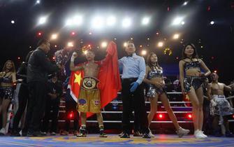 葛文峰亚洲首位拳王