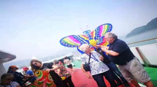 黄金邮轮三峡风筝文化节