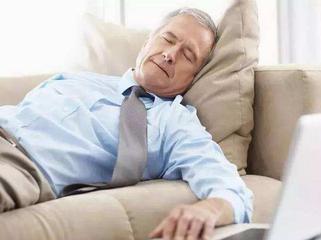 >熬夜失眠恶性循环 该怎么拯救你的睡眠
