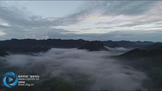 俯瞰丰都壮美云海日出 正是最佳观赏期