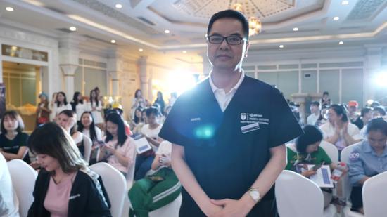 重庆当代整形医院院长 牙祖蒙