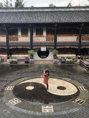 未来网红打卡地 探访重庆化龙桥关岳庙