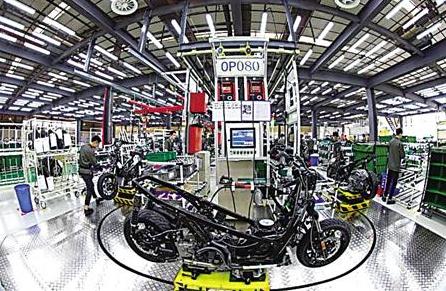 隆鑫摩托生产线