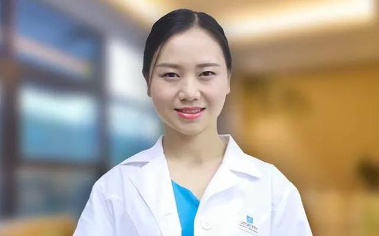 何霞 主治医师 重庆安琪儿妇产医院 新生儿科医生