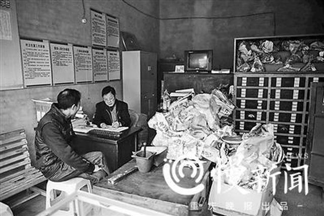 重庆这位行医40年的医生 感冒开药不到10块钱