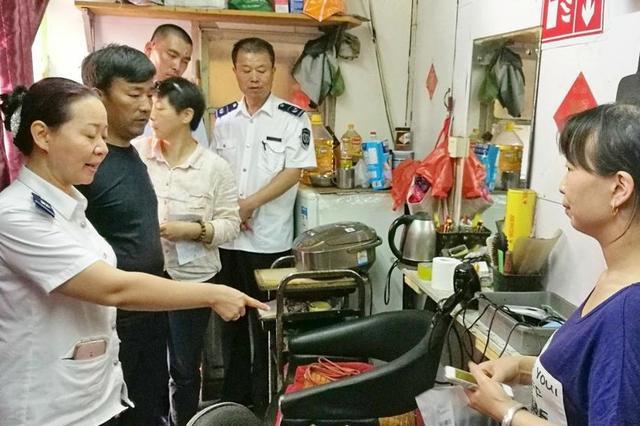 重庆51家餐(饮)具集中消毒服务单位被责令整改