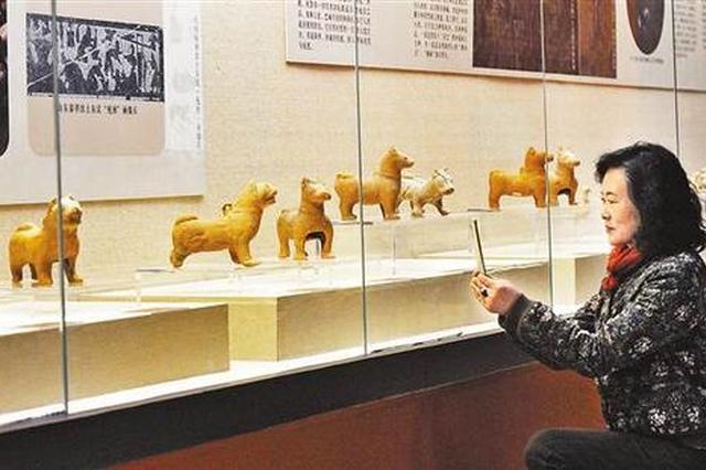 """腊八节去三峡博物馆看""""福犬迎春""""展"""
