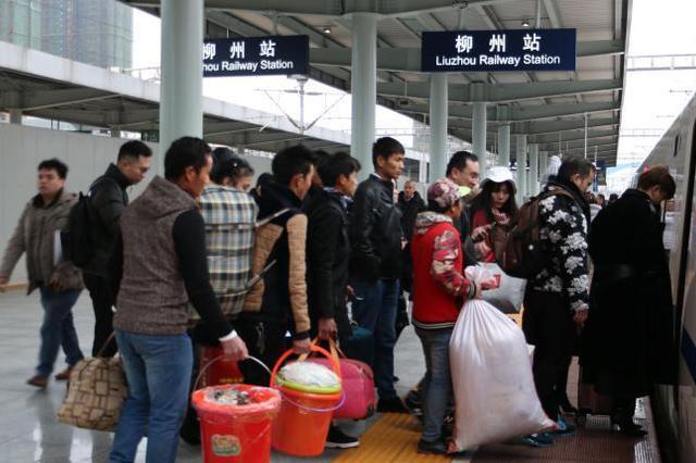 重庆火车站将加开到广州、佛山、成都等地列车