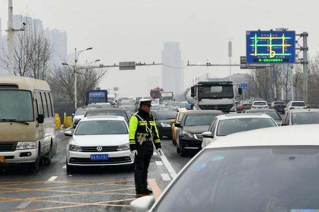 重庆高速预计19日起迎返程高峰 来看看如何避堵