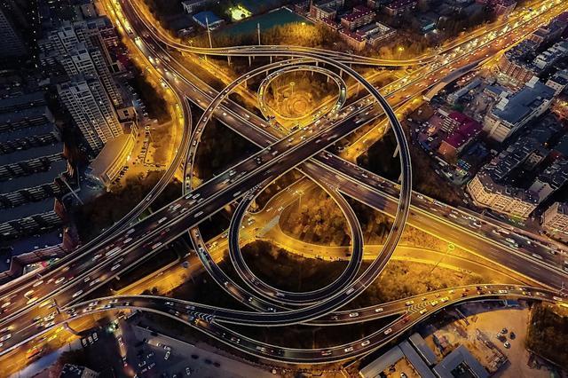 含谷立交改造工程开工 将变双向8车道2020年投用