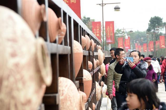 今年春节重庆接待游客4286余万人次 实现旅游总收入超133亿