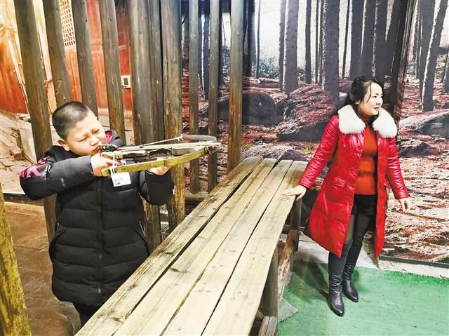 重庆巴人博物馆员工连续十年春节坚守工作岗位