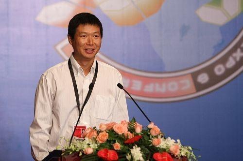完美世界董事长池宇峰