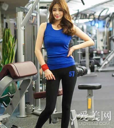 3周瘦身成功!2组动作增强核心 瘦腹瘦腿