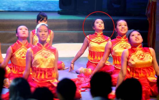 楊子女兒舞蹈表演照曝光 未來或進娛樂圈