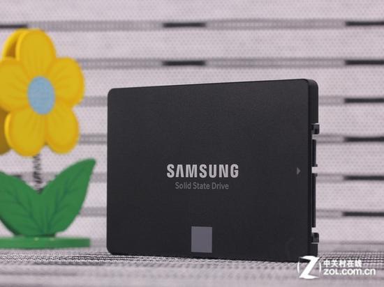 第一款3bit 3D闪存SSD  三星850 EVO首测