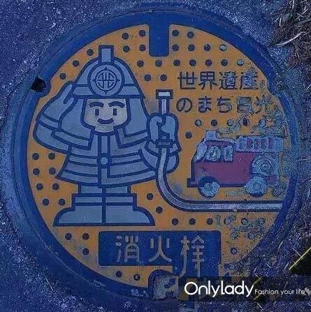 动物主题  生动有趣惹人爱     日本人将著名的温泉猴子画在井盖