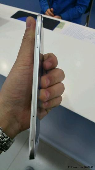 三星金属机Galaxy A8完全曝光:2999?