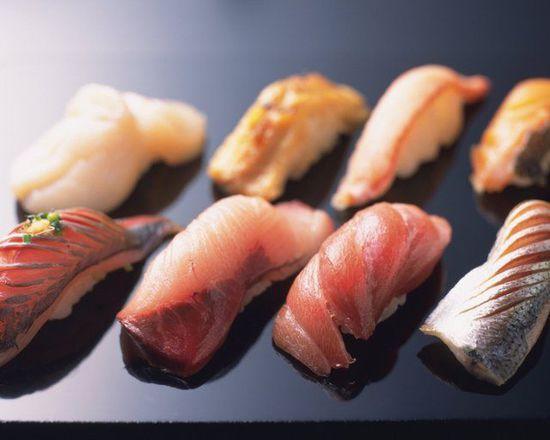 饭与鱼似乎是天造地设的一对