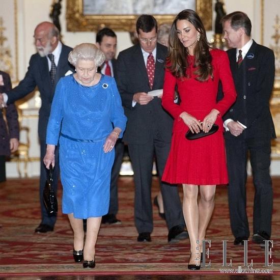 当女王和王妃同一画框时我们才发现,女王是个珠宝控!