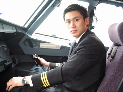 把男朋友培养成一名飞行员