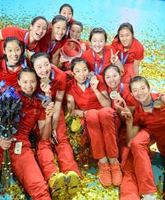 中国女排1-4美国冲金未果