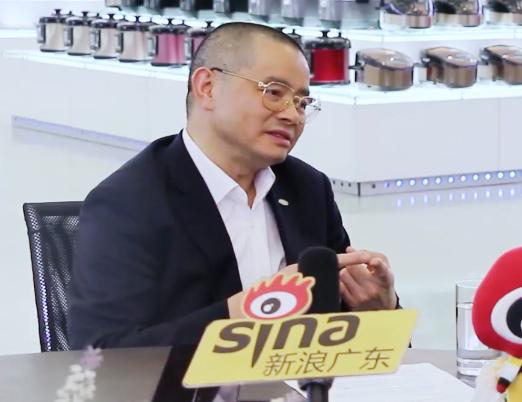 70人献礼70年:新浪地方站对话格兰仕集团董事长梁昭贤