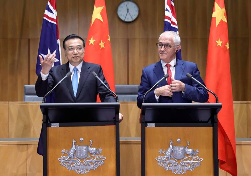 与澳大利亚总理开记者会 李克强上演表情包(组图)