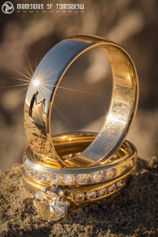 以婚戒为媒 创意婚礼摄影作品