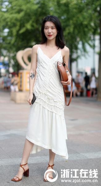 """有妹纸说:""""夏天,我就服裙子.不仅好看,而且凉快啊!再说,裙"""
