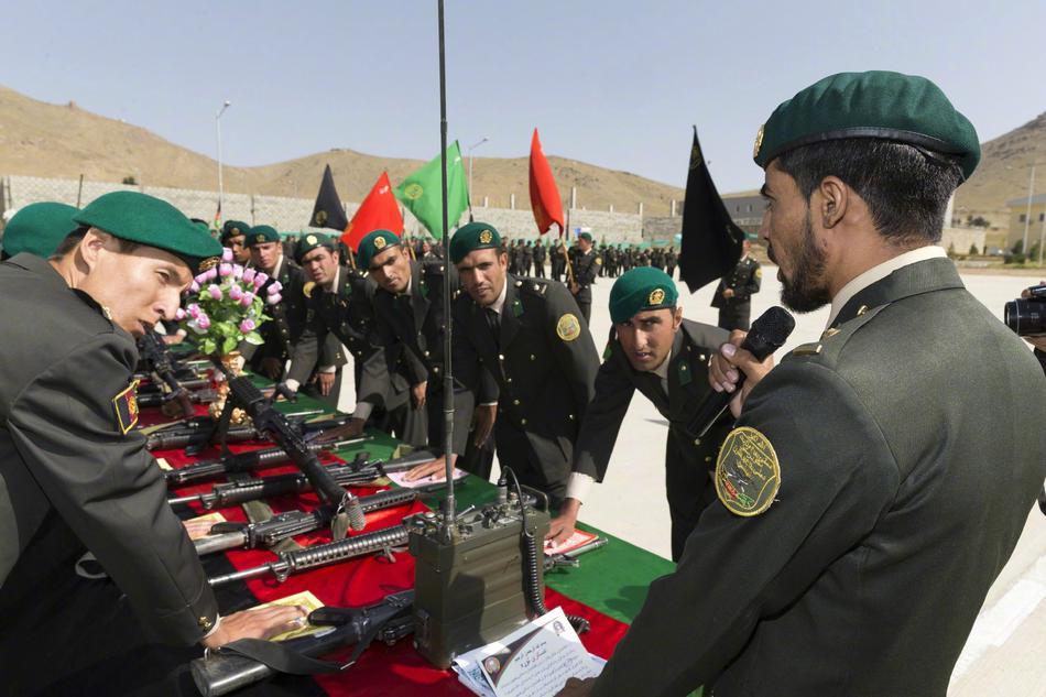 阿富汗国家陆军军官学院第九届毕业典礼现场