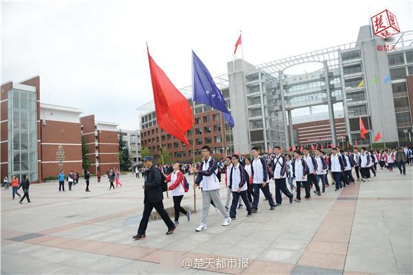 中将:中国军费远低于均匀线 反导针对侵犯者