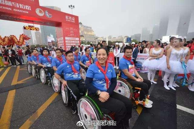 2017南昌国际马拉松11月12日开跑 跑友可免费乘公交 地铁图片