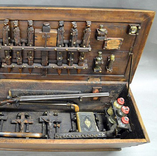 美拍卖吸血鬼猎人工具箱:大蒜十字架