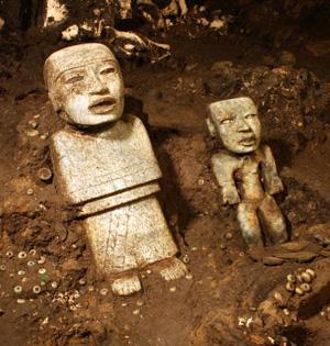 墨西哥古地道或通往王室墓葬