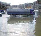 水漫金海路安全堪忧