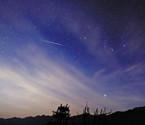 双子座流星划过鄞州天际