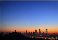从惠山上眺望无锡的第一缕阳光