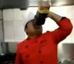 厨师喝7斤酱油醋