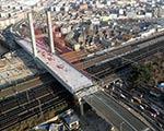山东2.24万吨重转体桥转体引围观