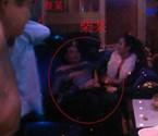 2名公职人员被举报全裸玩小姐(图)