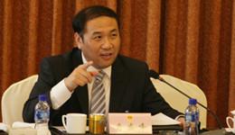 周天勇教授长期从事金融经济领域科学研究,并兼任中国城市发展研究会副秘书长、中国小城市发展...