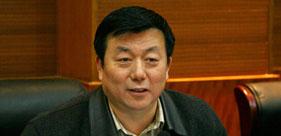 全国人大代表、河南省检察院检察长蔡宁接受新浪两会访谈。