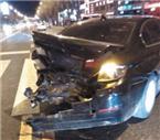 俩豪车相撞车损超10万