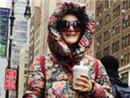 谢娜纽约穿花袄?瑟
