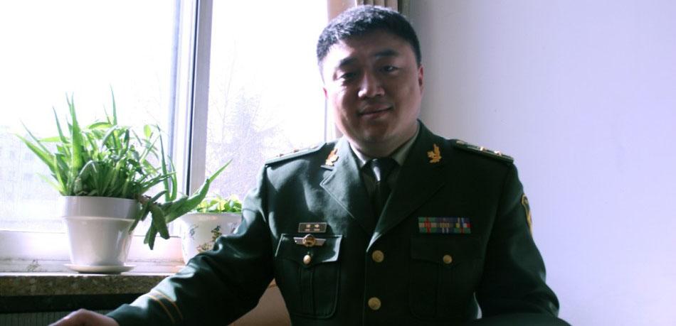 """火场""""名侦探""""高峰,中共党员,工学学士学位,淄博市公安消防支队防火监督处火调技术科科长。"""